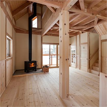 木工好きの主がいる家