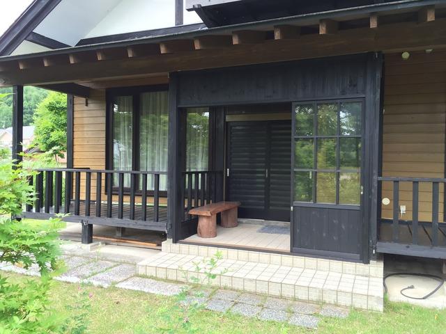 鎌田邸 雪囲い 完成 玄関2